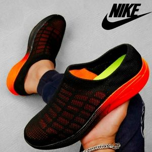 Nike Slip-Ons 🔥 Only Few are Left ..! Ready to ship